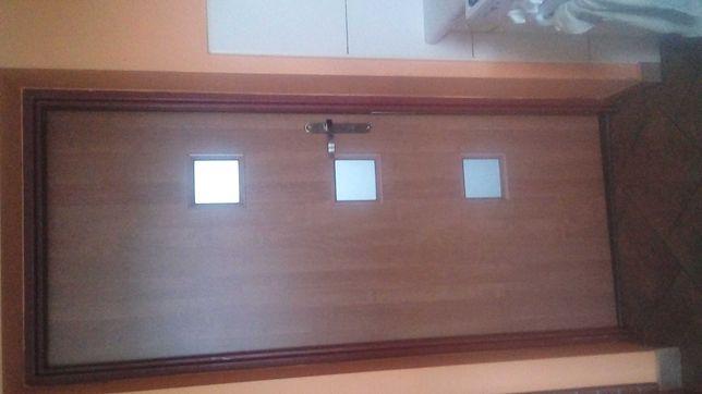 Dwie pary Drzwi pokojowych