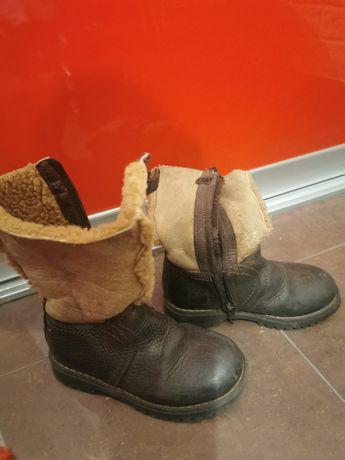 Ciepłe buty zimowe z naturalnej skóry i futerka dla chłopca r. 27