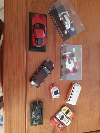 10 carros/carrinhos/miniaturas-ayrton senna/ Peugeot moonster/VW etc