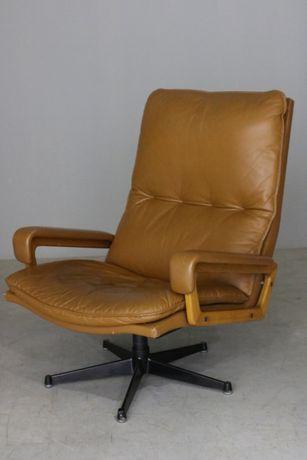 Poltrona Andre Vandenbeuck em couro| Armchair design| Retro Vintage