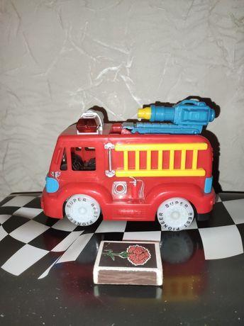 Пожарная машинка.