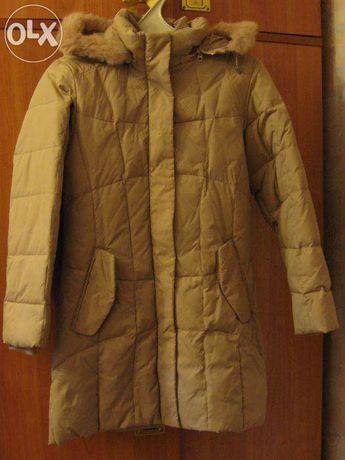 Товары для школьников. Пуховое пальто на девочку, рост 152