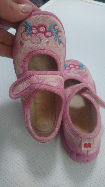 Туфельки, тапочки Elefanten. Размер 22