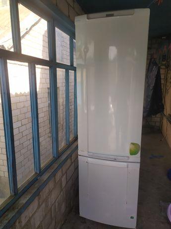 Продам холодильник!!!