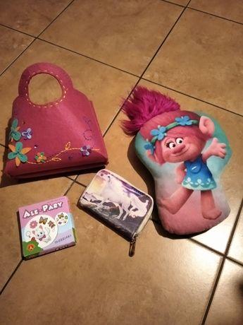 Poduszka, portfel, gra, torebka, zestaw 12 zł