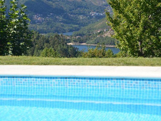 Cantinho da pedra Gerês,casa com piscina a armonia da pisagem e lagoas