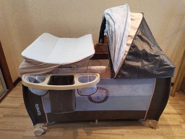 Манеж-кровать с пеленальным столиком Lionelo