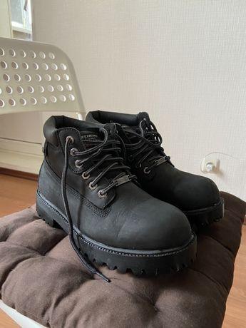 Ботинки Skechers 4442 (не Timberland)