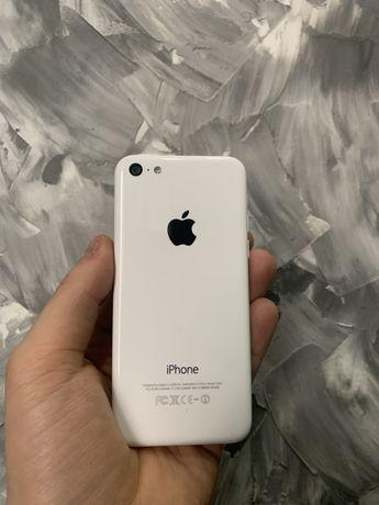 iPhone 5C 16Gb Neverlock (бу/оригінал/дешево/купити/телефон/аксесуари)