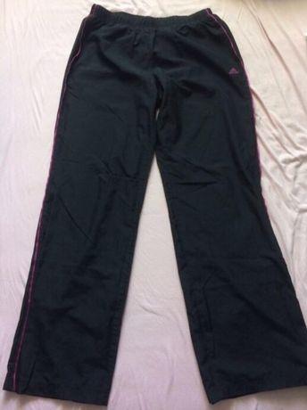 Sportowe spodnie dresowe Adidas