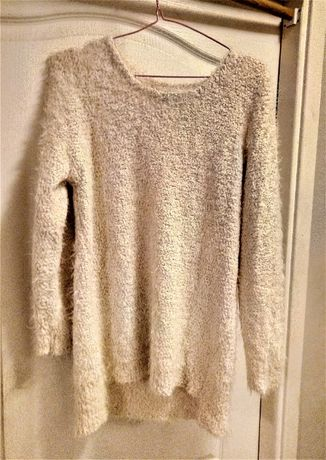 Asymetryczny sweter, śmietankowa biel, r.S/M