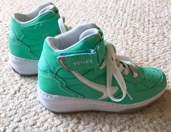 Buty sportowe Sneakersy dziewczęce 32