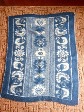 Продам шерстяное одеяльце