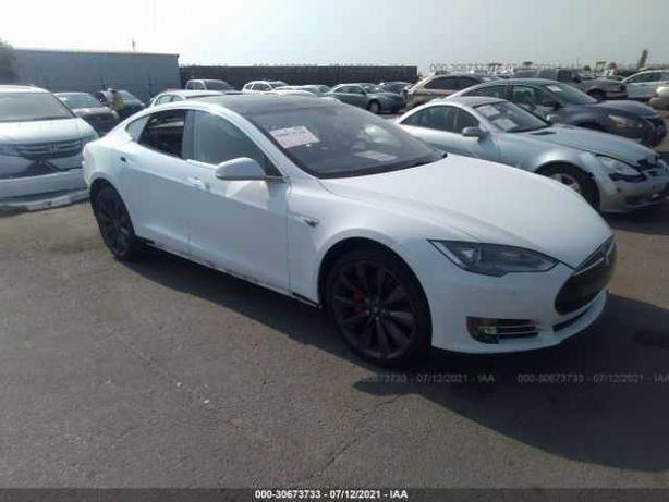 2014 Tesla MODEL S  P85 (Авто из США в рассрочку)