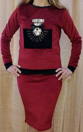 Костюм женский велюр юбка свитер S
