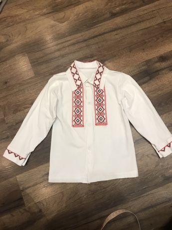 Белая рубашка с вышивкой на 1 - 2 - 3 года
