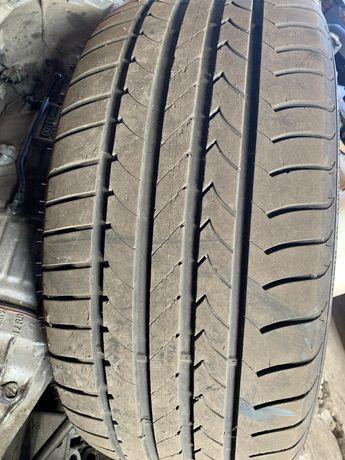 Goodyear Efficient Grip 255 45 18 летняя резина колесо покрышка