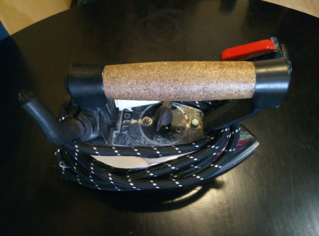 Ferro industrial para lavandaria