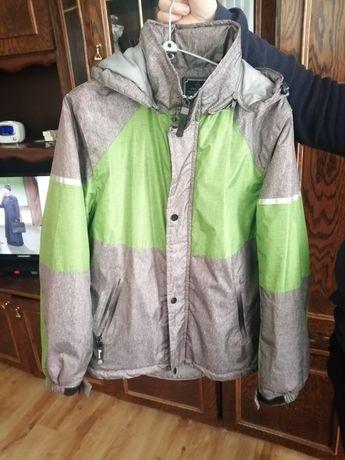 Witam sprzedam kurtki jesienne nowe zielona M a niebieska S