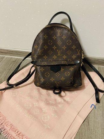 Рюкзак Louis Vuitton с кожаными шлейками Guess Michael Kors