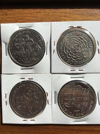 Moedas 200 escudos serie VIII