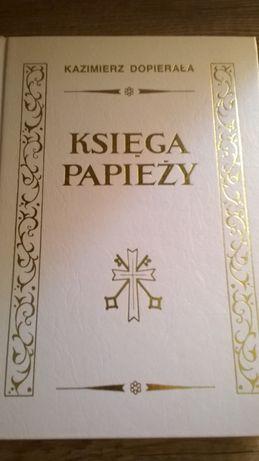 Księga Papieży - Kazimierz Dopierała