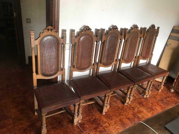 5 Cadeiras antigas mesa de jantar
