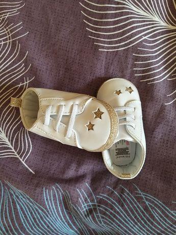 Пинетки тапочки на девочку детские 6-9 месяцев