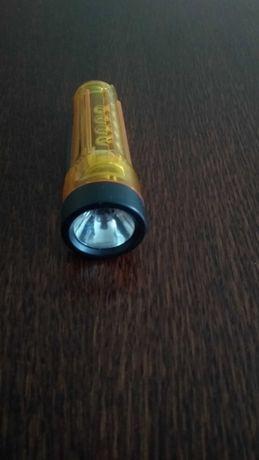 Mini latarka i latarka mała diodowa
