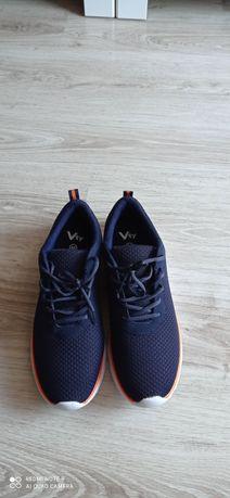 Nowe buty sportowe męskie r. 46 granatowe z Deichmann
