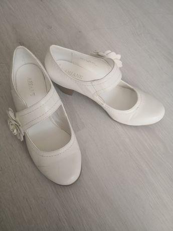 Buty ślubne 37