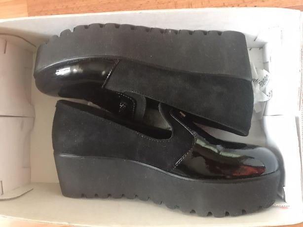Кожанние новие Туфли шкіряні стильні туфлі 37 размер