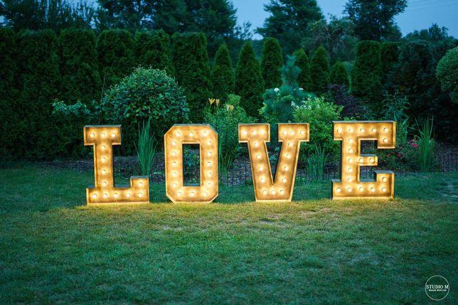 Napis LOVE na sprzedaż, podświetlany, metalowy, boho.