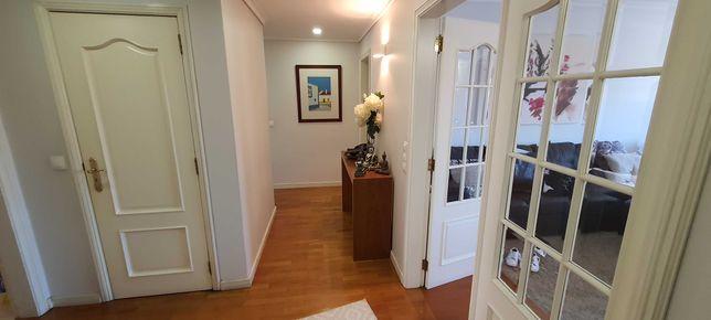 Vende-se Apartamento T3 Centro Águeda