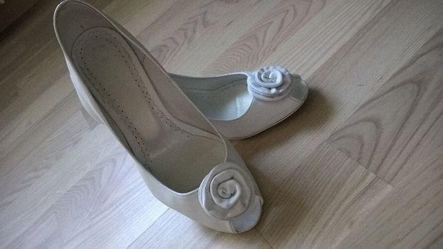 Buty czółenka białe ślubne r. 35 36