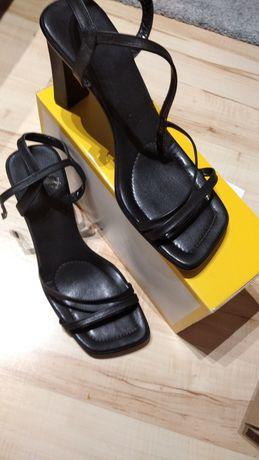 Sandałki damskie r.40 skóra