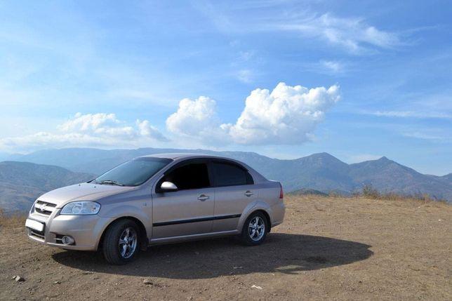 Chevrolet Aveo 1,6    2007 год.