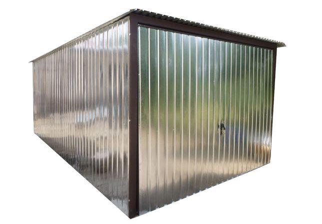 Garaż blaszany z bramą uchylną Blaszak + brama Garaże + brama uchylna
