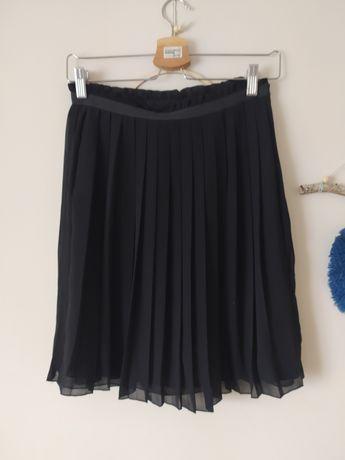 Czarna spódniczka plisowana Cubus rozm S