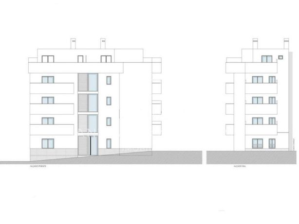 Apartamento Dúplex T0+3 em Construção a 300mts da Praia d...