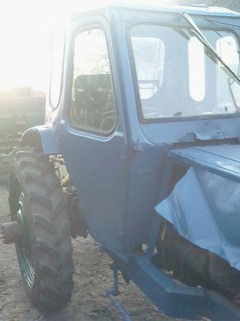 ТЕРМІНОВО Продаю трактор т25