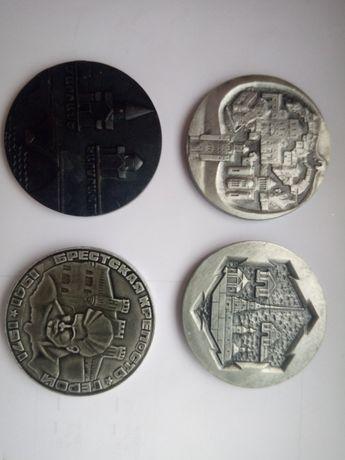 Памятные настольные медали городов СССР