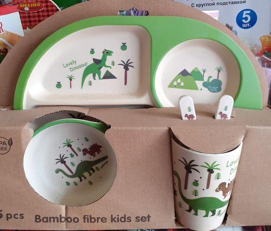 Набор детской посуды ecco из бамбукового волокна.
