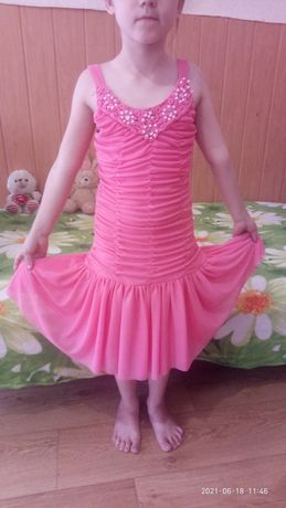 платье красивое на прокат