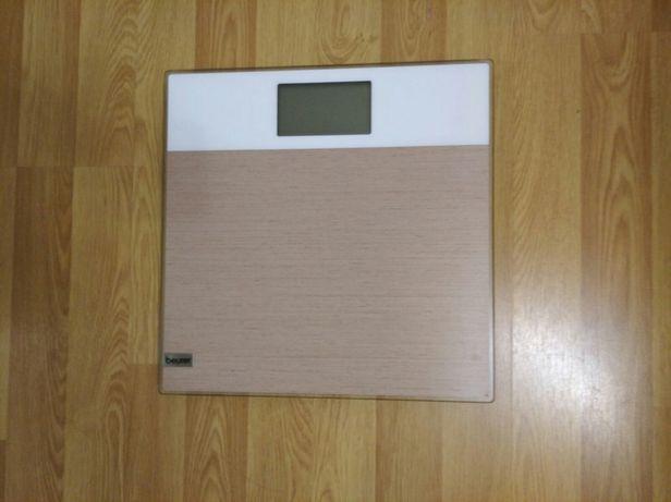 Продам весы напольные