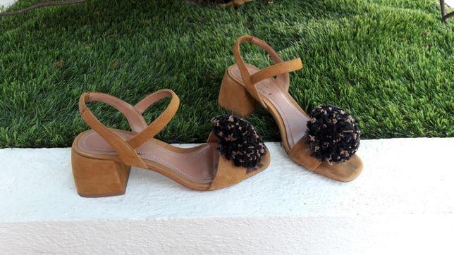 Sandálias bonitas
