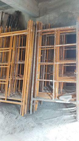 Andaimes para construção