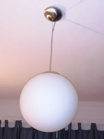 Candeeiro bola branca