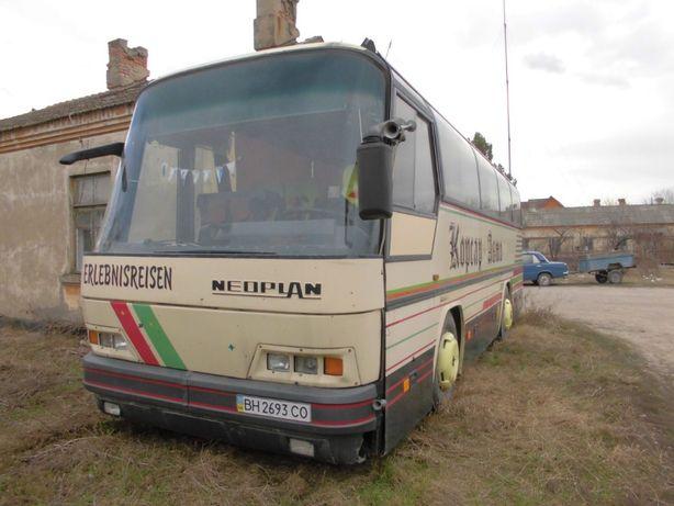 Автобус пассажирский NEOPLAN N213H