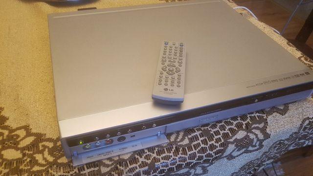 LG doskonała nagrywarka z HDD i odtwarzacz dvd model RH 7500